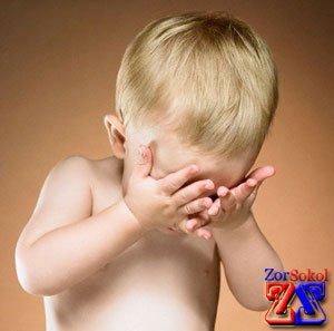Старайтесь запрещать детям трогать глаза руками