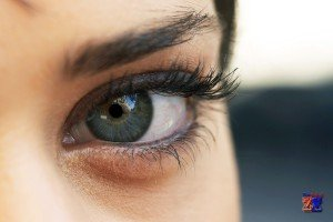 Причины появления мешков вокруг глаз