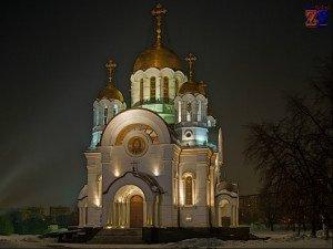 Образ церкви в сновидениях тоже трактуется по-разному