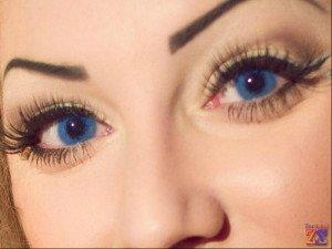 Глаза с оттеночными линзами более выразительные