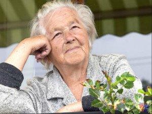Среди причин развития ангиопатии значится пожилой возраст