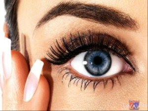 От туши зависит целостность макияжа и красота глаз