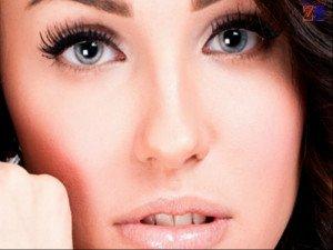 Распахнутые ресницы - отличное средство для придания глазам объема