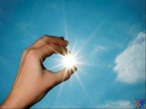 Солнце - очень мощный источник ультрафиолета