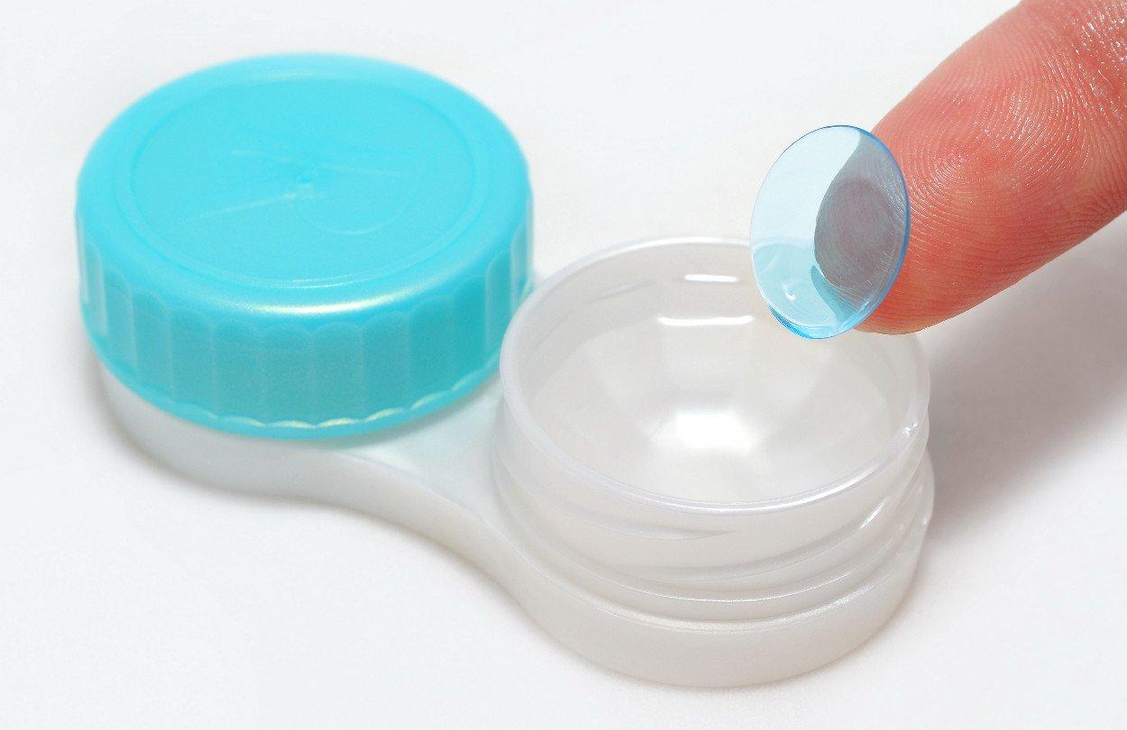 Средства для ухода за контактными линзами