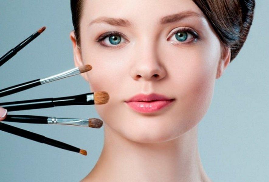 Увеличиваем размер глаз с макияжем и без